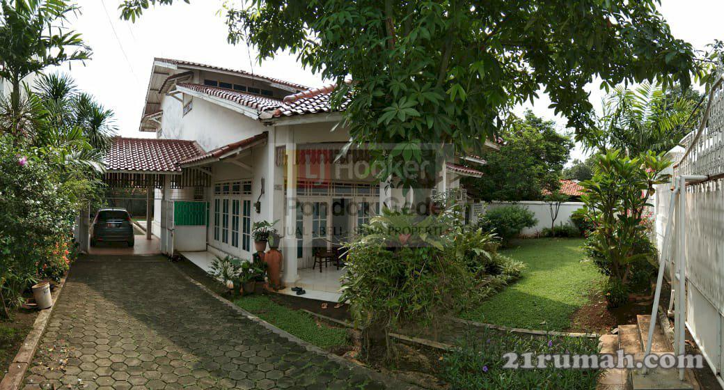 Rumah Nyaman dengan Halaman Luas di Kemangsari Jatimakmur ...